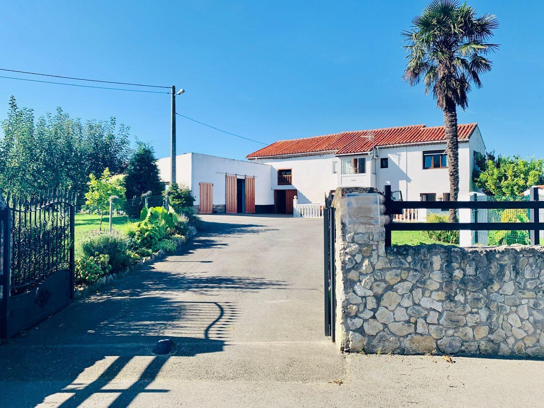 Casa rústica en Venta en Calle Noriega, Ribadedeva, Asturias  REF:91131319