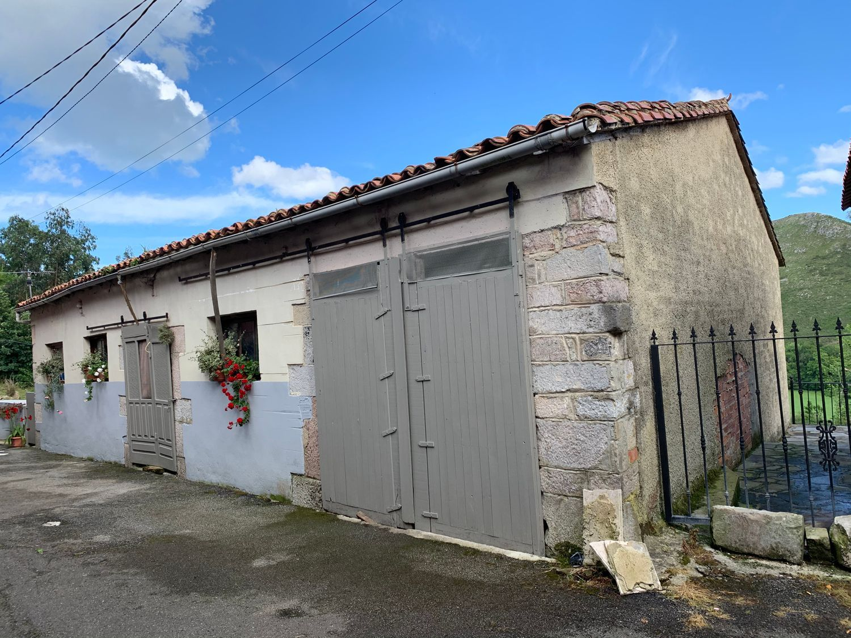 Local o Nave en Venta en Calle Los carriles, Área de Llanes, Asturias  REF:90055099