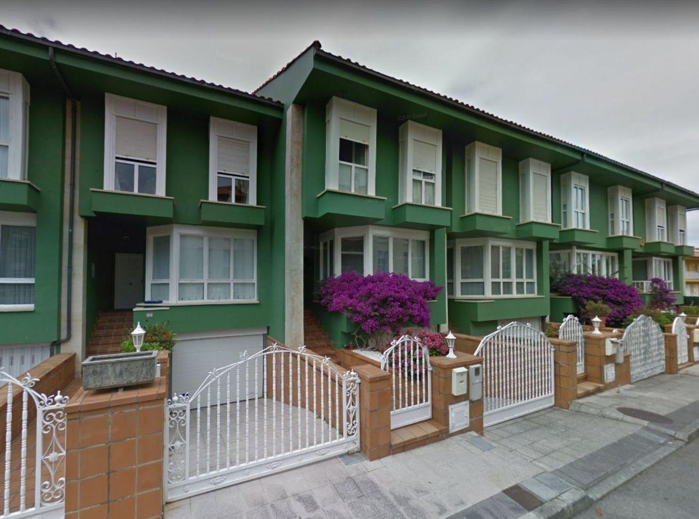 Chalet en Venta en Calle Chile, Área de Llanes, Asturias  REF:94767380
